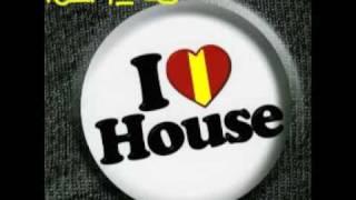 Katy Perri - I Kissed A Girl (HOUSE).mp3