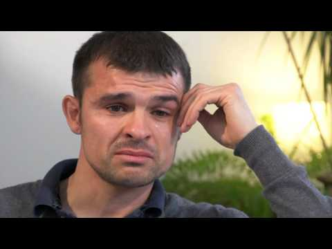 Alzheimer's at 39: Chris' story - Alzheimer's Research UK - HD