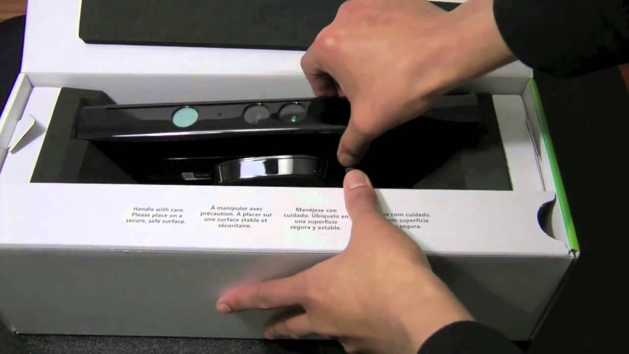 Xbox 360 Kinect Sensor ( Unboxing )