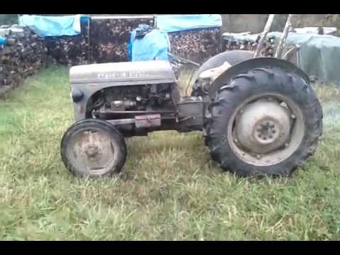 massey ferguson tef 20 1954 youtube. Black Bedroom Furniture Sets. Home Design Ideas