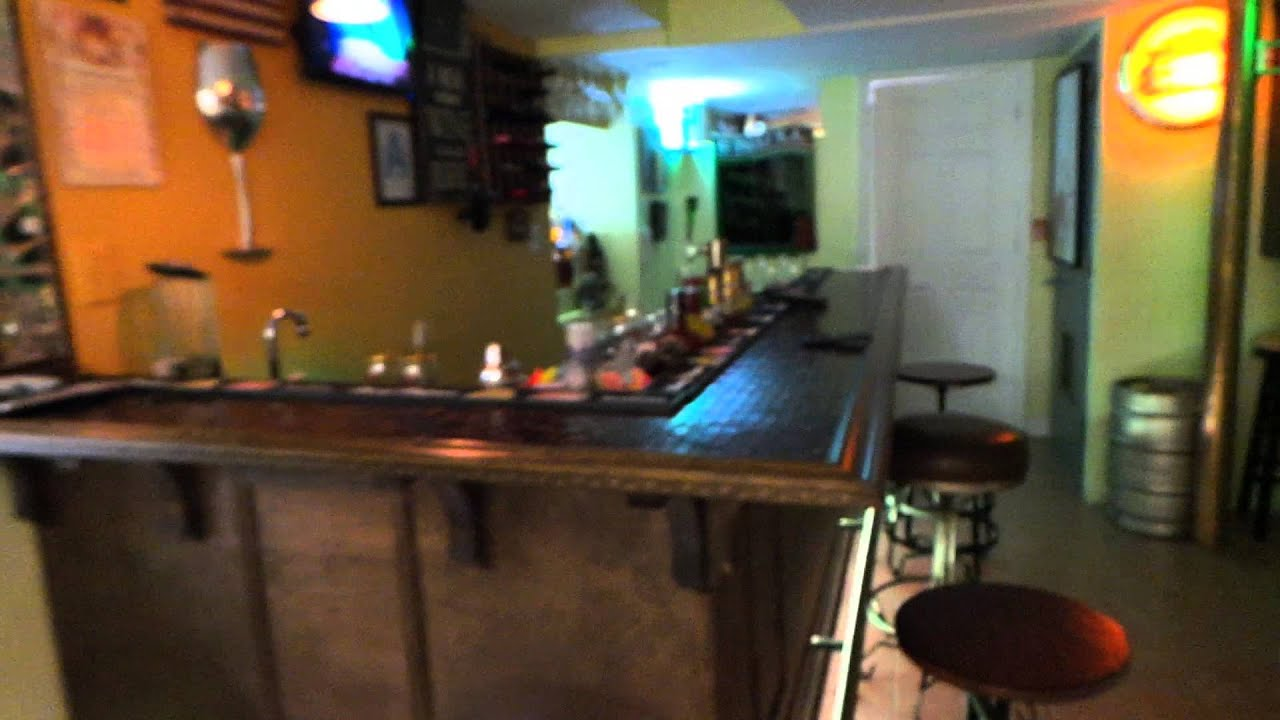 MANCAVE BASEMENT BAR