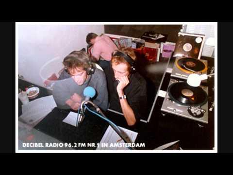 DECIBEL Radio (1985) - Uuropener + Commercial Adam Curry