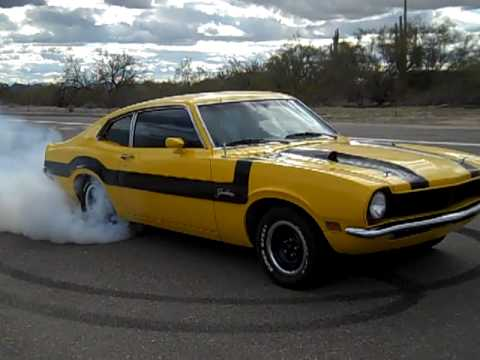 Grabber D Burnout 1972 Maverick Grabber 302 Ford Youtube