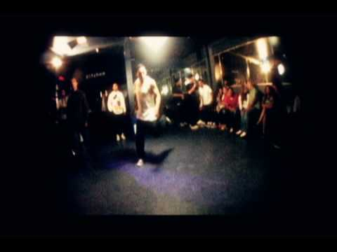 "Funky Sole -""Miss Funky Sole""-Performed by Breakestra"