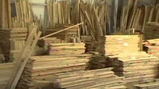 Вагонка липа(http://www.sng-shop.ru/catalog/vagonka-m/vagonka-lipa Евровагонка. От производителя до Конечного потребителя.Из бревна до стены...., 2013-02-28T18:47:55.000Z)