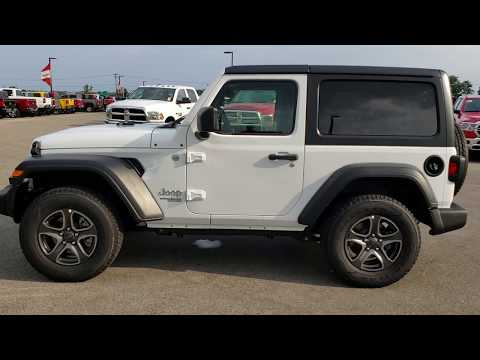 8J439 2018 JEEP WRANGLER JL SPORT S REVIEW TWO DOOR JL FOND DU LAC WISCONSIN  Www.SUMMITAUTO.com