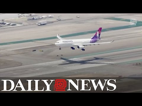 Hawaiian Airlines passenger booted from plane after losing temper over $12 blanket