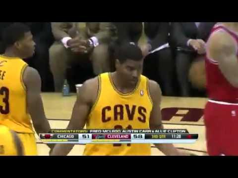 Bynum Blocks Hinrich | Chicago Bulls vs Cleveland Cavaliers | November 30, 2013 | NBA 2013-14 Season