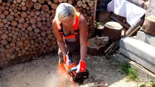 Chainsaw Husqvarna 236 e-series for the girl