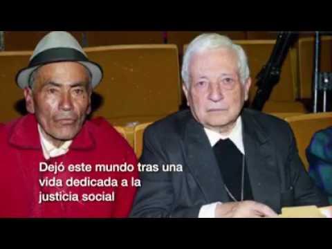 Homenaje a Alberto Luna Tobar