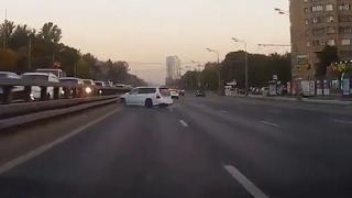 авария субару в москве