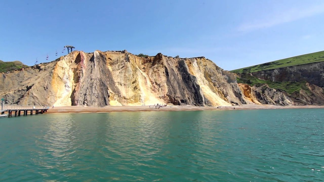 Thumbnail: Discover the Needles by boat.