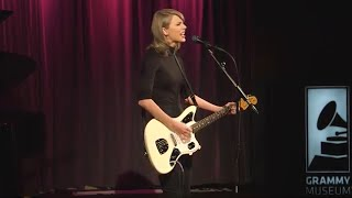 Скачать Taylor Performs Wildest Dreams At The GRAMMY Museum