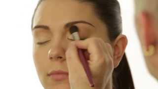 Selena Gomez Makeup Tutorial Video with Robert Jones