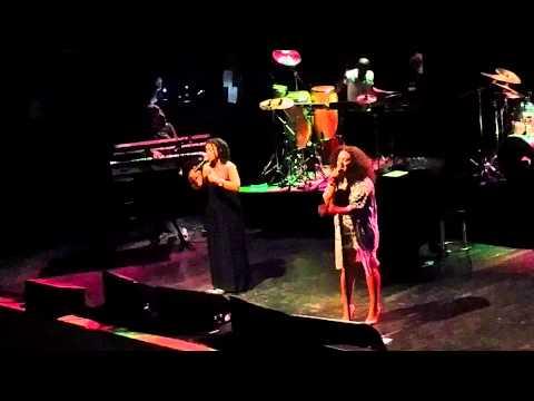 Floetry - Sunshine -  [Live] 2015 Reunion Concert [HD]