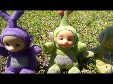 Tinky Winkys Antenna Hat Roblox Teletubbies And Friends First Roblox Game Live Stream Youtube
