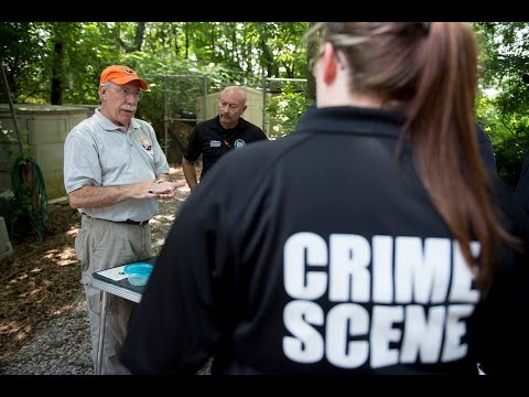 law-enforcement-training-at-ut's-body-farm
