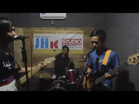 ST12 - Cinta Jangan Dinanti nanti (Cover) by JHR Band Company Kebumen