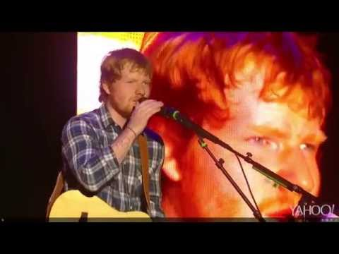 Thumbnail: Ed Sheeran - Feeling Good/I See Fire (Live at Rock In Rio 2015)