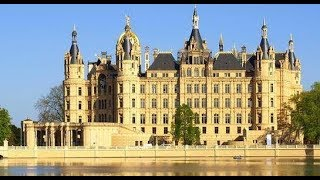 En un Castillo,ALEMANIA en un viaje lejano a Schwerin