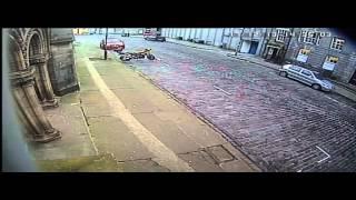 Live footage of my cherished Cross Trail bike being stolen in Edinburgh on December 17, 2013