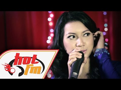 ZARA ZYA & NOMAD - TETAP MENANTIMU (LIVE) - Akustik Hot - #HotTV