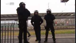 Polizisten in Extremsituationen - St. Pauli vs. Hansa Rostock