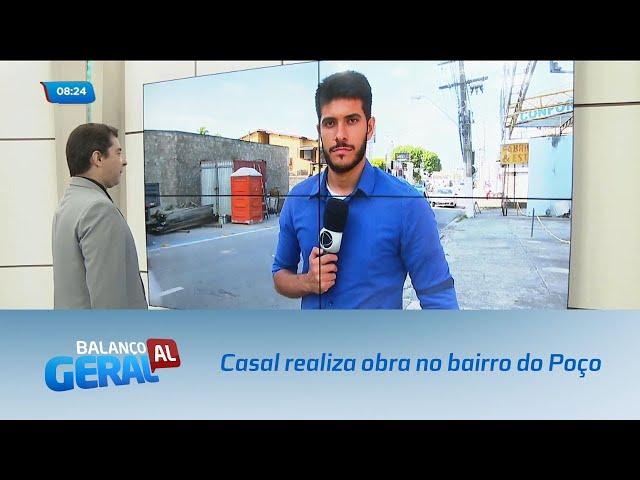 Casal realiza obra para reparar rede coletora de esgoto no bairro do Poço