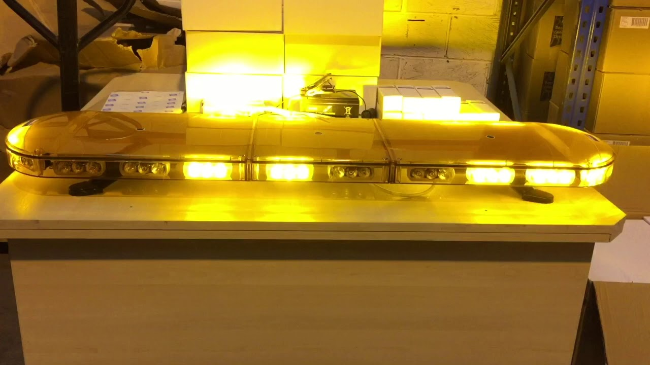 Lightbar UK 3 Bolt Mount LPB R65 Rotating Flashing Amber LED Strobe Beacon