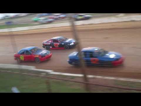 Bedford Speedway 9-30-17 Buzz Bombers (Heat)