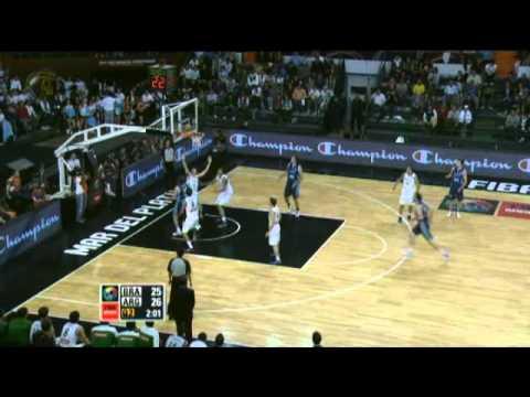 Argentina Vs. Brazil / 2011 FIBA Americas Championship Round 2