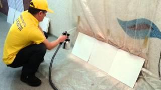 видео Как нанести декоративные мультиколорные мозаичные краски своими руками