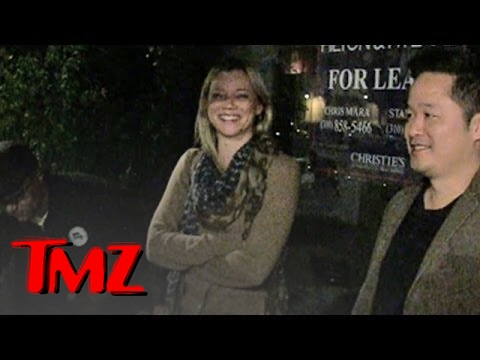 Attention Single People!  Amy Smart Does NOT Feel Sorry For You! | TMZ