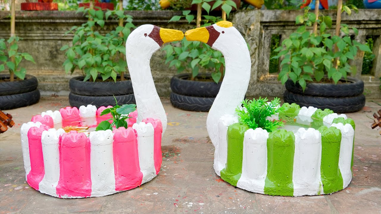 Casting SWAN-shaped Potted Plant from Concrete Using Plastic Bottles