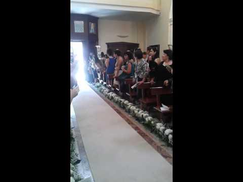 Matrimonio Raffaele e Giulia Francesca Entrata in chiesa