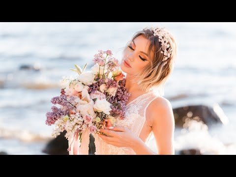 A bridal photoshoot on the beach with Viktoria