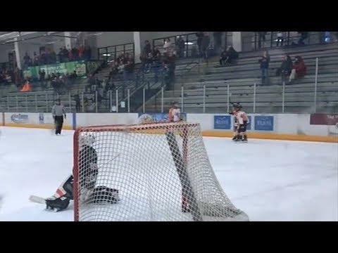 Youth hockey gaining