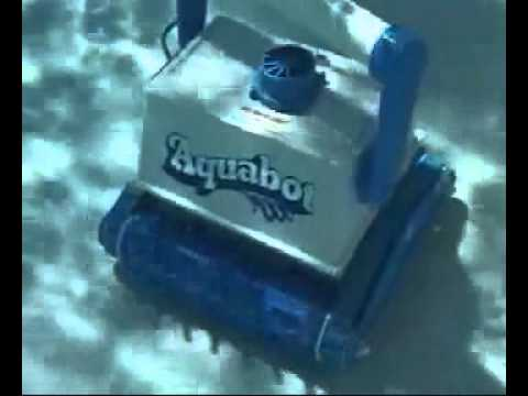 Robot piscine aquabot turbo elite en action robotpiscine for Robot piscine turbo elite