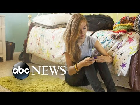 Getting Kids to Unplug from Tech Devices