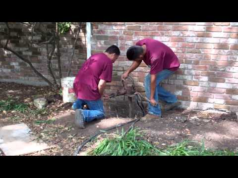 Foundation Repair Houston TX - Drilling the Bell Bottom (713) 668-2110