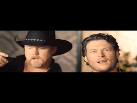 Blake Shelton  Hillbilly Bone feat Trace Adkins