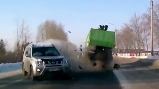 Fail Compilation of Driving in Russia MAY 2016 #37