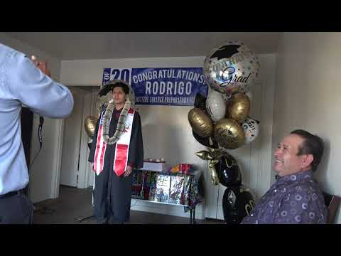 graduation de Rodrigo, Eastside College Preparatory School