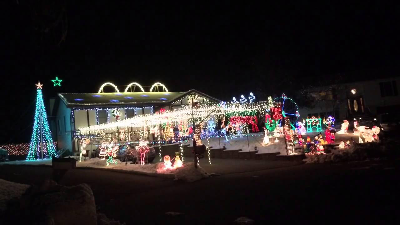 Let It Go (Frozen) Christmas Lights Show