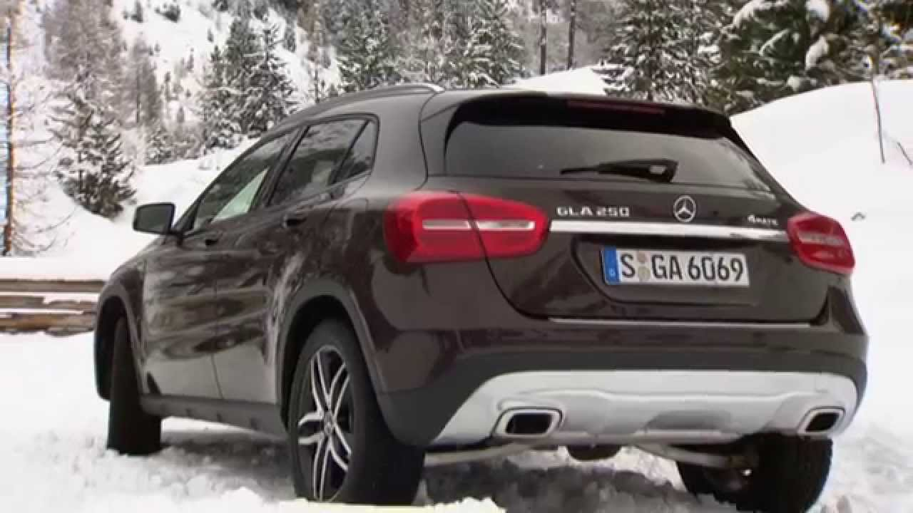 mercedes benz gla 250 4matic winter workshop youtube. Black Bedroom Furniture Sets. Home Design Ideas