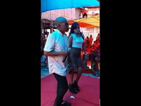 Marcedes vs Oda Odong yang lagi bertengkar karna perselingkuhan...Di Simak Pasti Anda Ngakak...