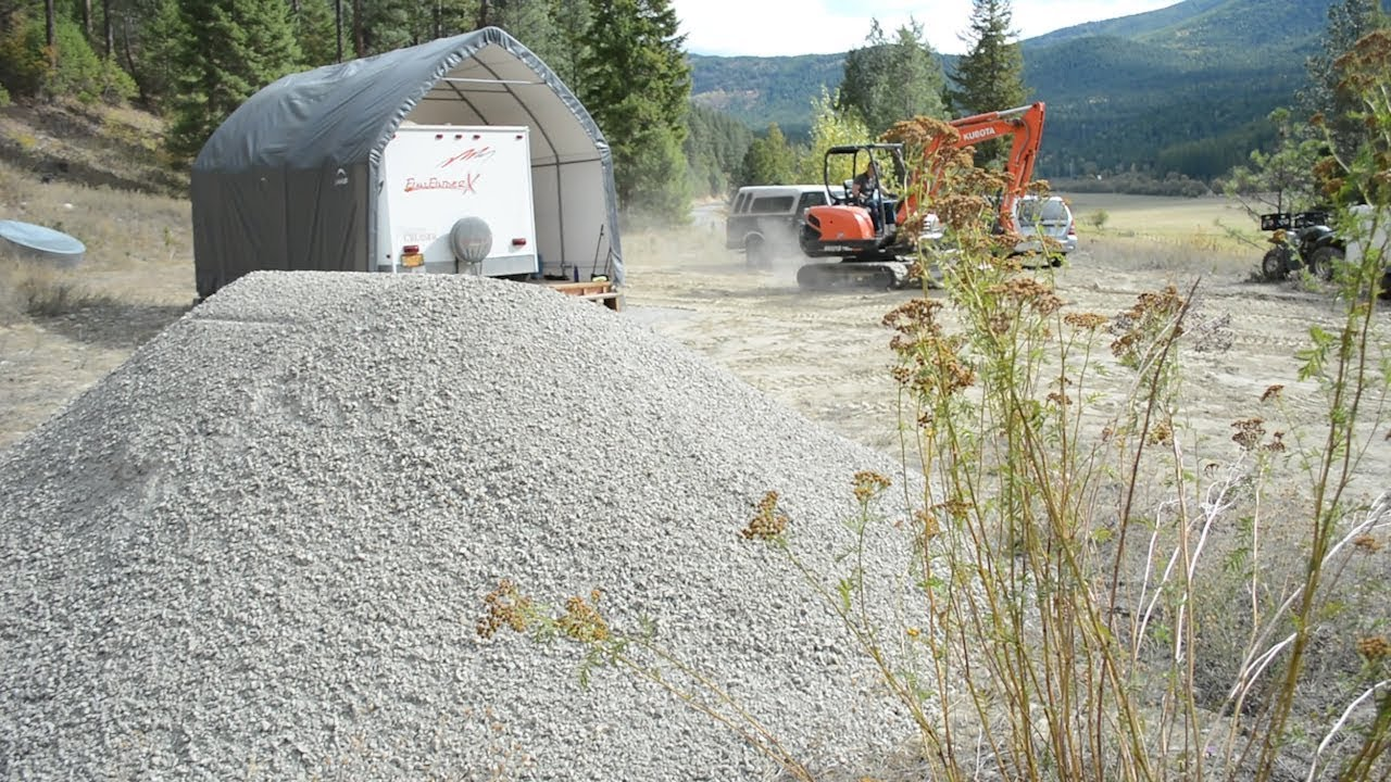 Living off the Grid: Paving Our Driveway with Gravel (3/4