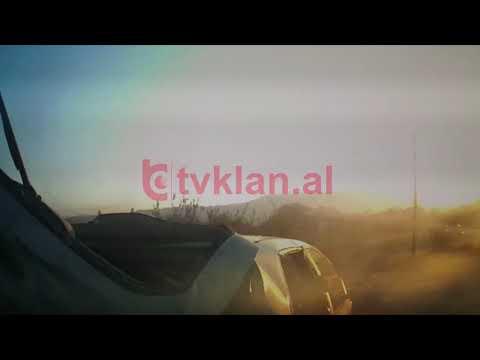 Video/ Shihni se si përplasen dy makina në rrugën Vorë- Fushë Krujë