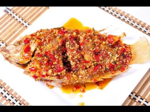 Thai food fried fish with chili sauce pla tub tim rad for Deep fried whole fish