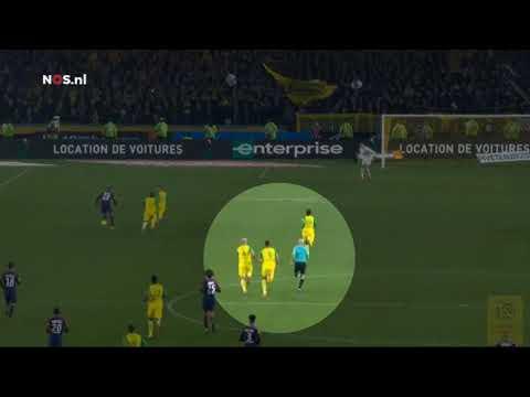 Bizar: Franse arbiter trapt Nantes-verdediger na, geschorst, Nantes - Paris Saint Germain (PSG)